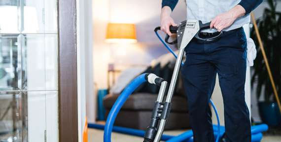 Dazzle CC's Carpet Cleaning Tricks