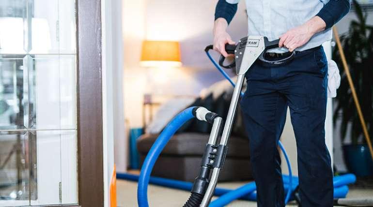 Dazzle CC's Carpet Cleaning Tricks